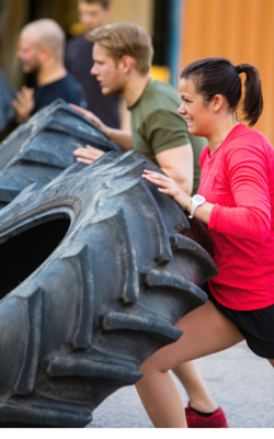 CrossFit tyre lifting